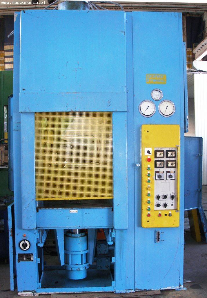 Prasa hydrauliczna PHM 160 C